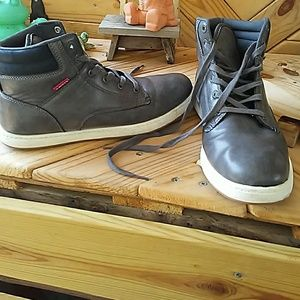 Levis mens high tops